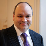 Neil Cross: Managing Director at Advanced 365