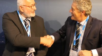Jon S Jacobsen (left) and David Gill sign the Memorandum of Understanding at IFSEC International 2018