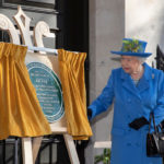 Her Majesty The Queen unveiling the GCHQ Centenary Plaque at Watergate House © Crown Copyright 2019